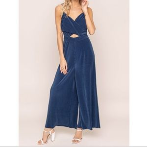 ASTR The Label PLEATED CUTOUT JUMPSUIT
